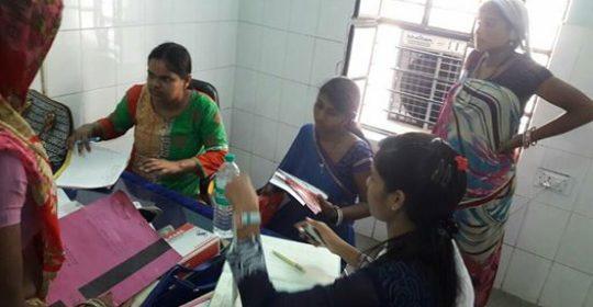 डॉ. मेघा गुप्ता (स्त्री रोग विशेषज्ञ);  डॉ. जयनारायण सिंह (विद्युत)। स्वास्थ्य विभाग के सहयोग से, नून अस्पताल, पिरवा में मुफ्त डॉक्टर सेवाएं दे रहा है।