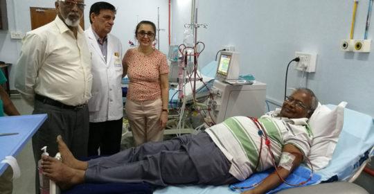 नून अस्पताल प्रथम  डायलिसिस रोगी