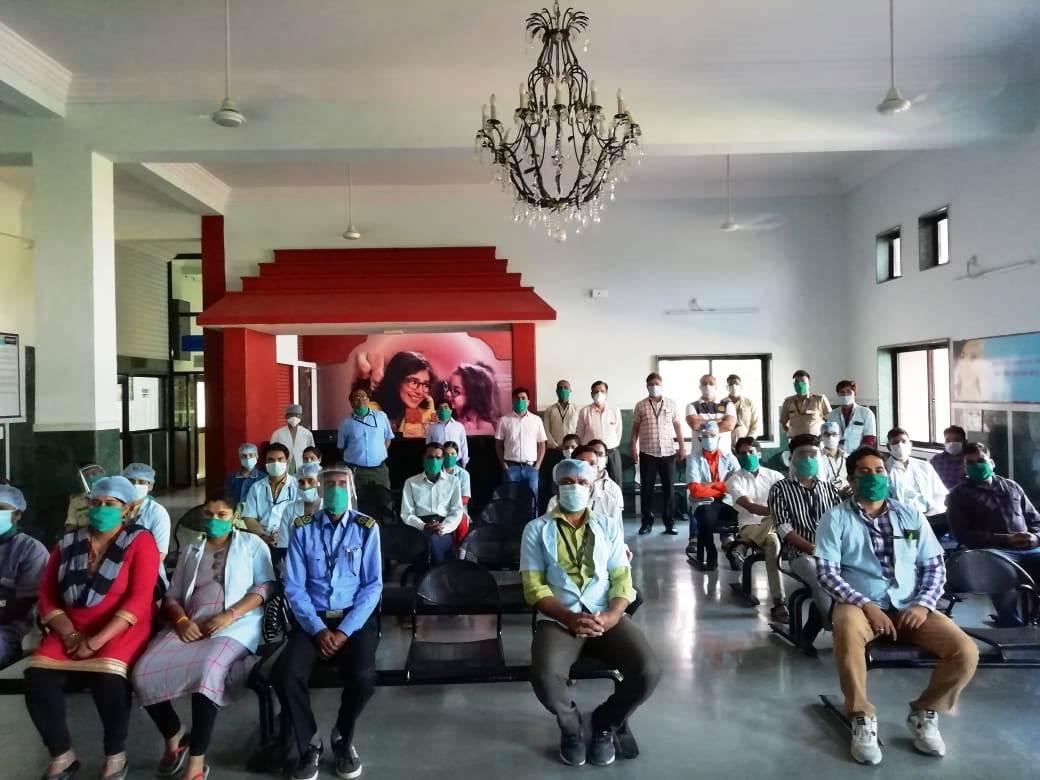 नून अस्पताल ने अंतर्राष्ट्रीय नर्सिंग दिवस मनाया।